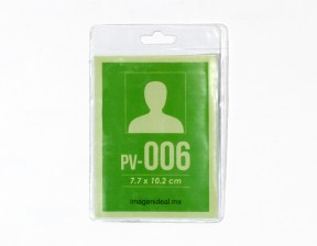 [PV-006] Portagafete vinil 7.7 x 10.2