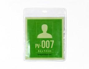 [PV-007] Portagafete vinil 8.6 x 9.5