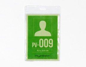 [PV-009] Portagafete vinil 9.2 x 13