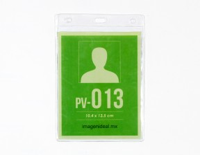 [PV-013] Portagafete vinil 10.4 x 13.5