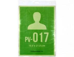[PV-017] Portagafete vinil 15 x 21